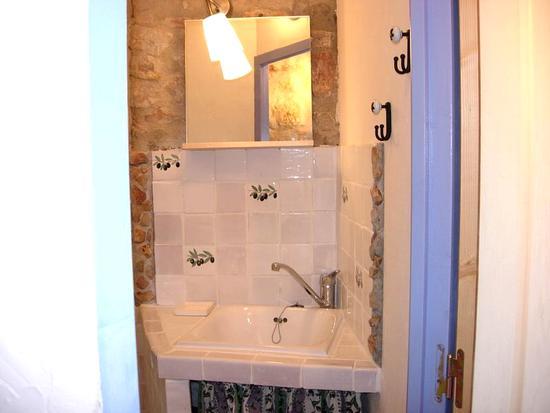 Bad, Eingangsbereich & Waschbecken